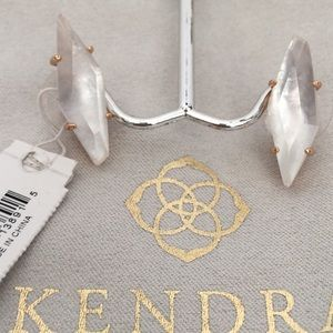 NWT Kendra Scott Belinda Stud Earrings